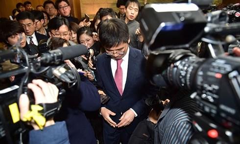Baek Soo-Hyun, trưởng đoàn đàm phán Samsung Electronics, thông báo đã đạt được thỏa thuận nhằm cải thiện điều kiện sức khỏe và an toàn tại các nhà máy của công ty