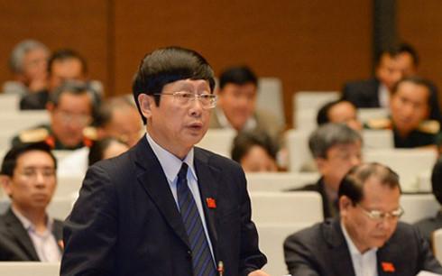 Đại biểu Đỗ Mạnh Hùng (Đoàn Thái Nguyên) cho rằng việc thực hiện kiến nghị kiểm toán trong cả nhiệm kỳ về tài chính, ngân sách chỉ mới đạt tỷ lệ 55%.