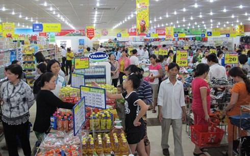 Thị trường bán lẻ cần thiết có việc bắt tay liên kết giữa các doanh nghiệp sản xuất và doanh nghiệp phân phối. (Ảnh minh họa: KT)