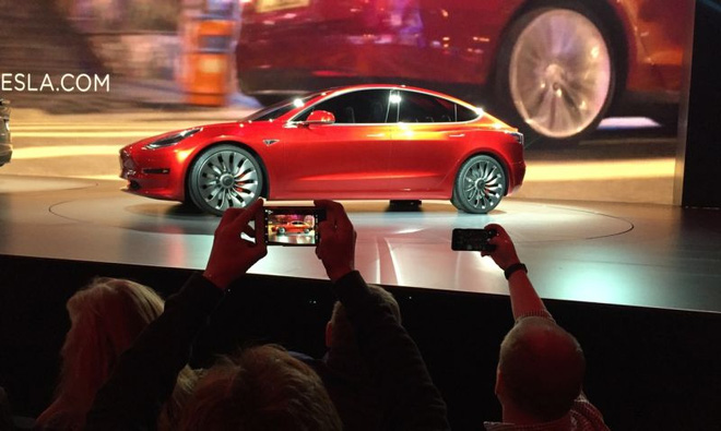 Mẫu xe Model 3 sắp ra mắt của Tesla
