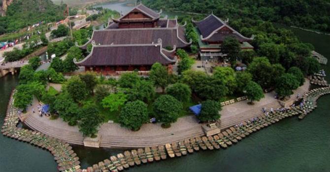 Dự kiến 20 chiếc ô tô xin miễn thuế nhập khẩu hoạt động trong khu du lịch sinh thái Tràng An - chùa Bái Đính