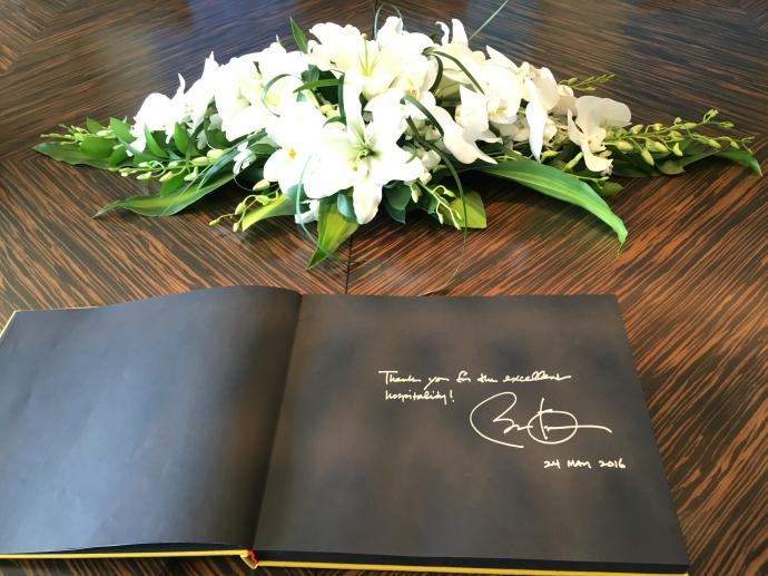 Bút ký của Tổng thống Mỹ Barack Obama tại khách sạn Marriott