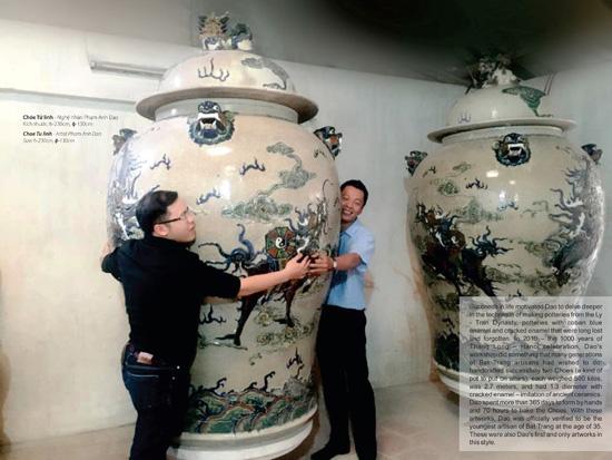 Đôi chóe Tứ Linh có chiều cao gần 2m, đường kính 1,2m và nặng 500kg
