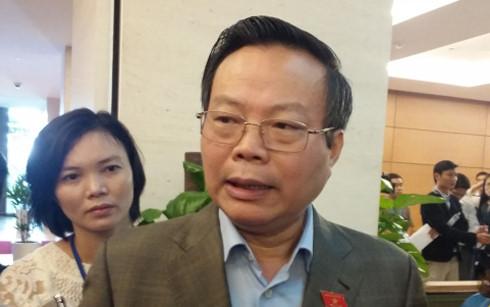 Chủ nhiệm Ủy ban Tài chính ngân sách Phùng Quốc Hiển cho rằng cần xem xét nhiều mặt dự án đường sắt Cát Linh - Hà Đông. (Ảnh: KT)