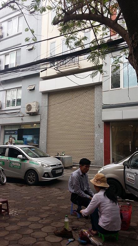 Căn nhà ở số 95 Đặng Văn Ngữ - Hà Nội (dấu X) là nơi Cty Thái Ninh (cổ đông hiện hữu duy nhất tại BVEC sau khi IDICO thoái vốn) đăng ký làm địa chỉ giao dịch. Người dân cho biết, ngôi nhà này chỉ dùng để ở...