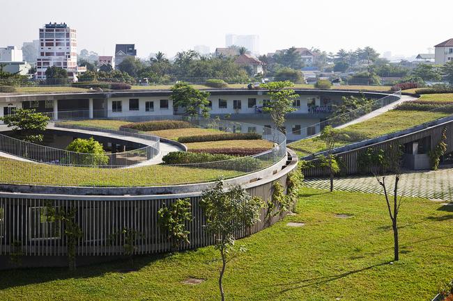 <br />Công trình này đã đạt giải thưởng RIBA, lọt top 30 công trình đẹp nhất thế giới.<br />
