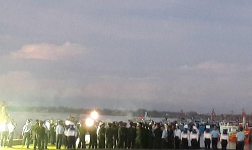 Sau khi được quàn tại Nhà tang lễ Quân khu 4, Thượng tá Trần Quang Khải sẽ được Quân chủng Phòng không Không quân di chuyển ra Bắc và tổ chức lễ truy điệu theo nghi thức của Quân đội nhân dân Việt Nam.