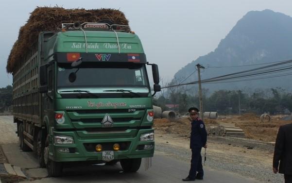 7823: Xe quá tải bị Giám đốc Sở GTVT Thanh Hóa bắt tại chỗ.
