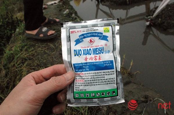 Thuốc nhãn mác Trung Quốc được người dân phun cho rau khá phổ biến.