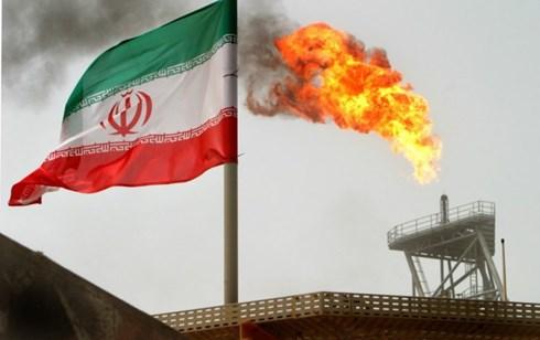 Iran có thể tăng sản lượng dầu thêm 500.000 thùng một ngày để đáp ứng các đơn hàng. (ảnh: Reuters).