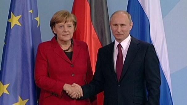 Thủ tướng Đức Angela Merkel và Tổng thống Nga Putin