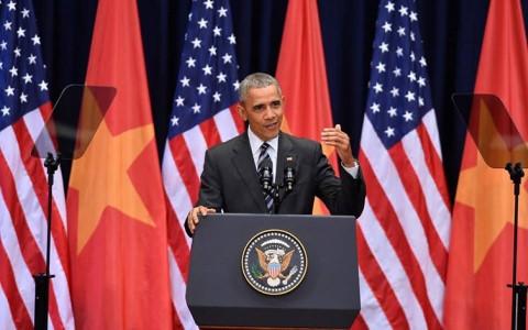 Tổng thống Obama phát biểu về quan hệ Việt-Mỹ tại Trung tâm Hội nghị Quốc gia ngày 24/5.