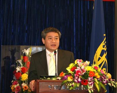 Thứ trưởng Bùi Phạm Khánh
