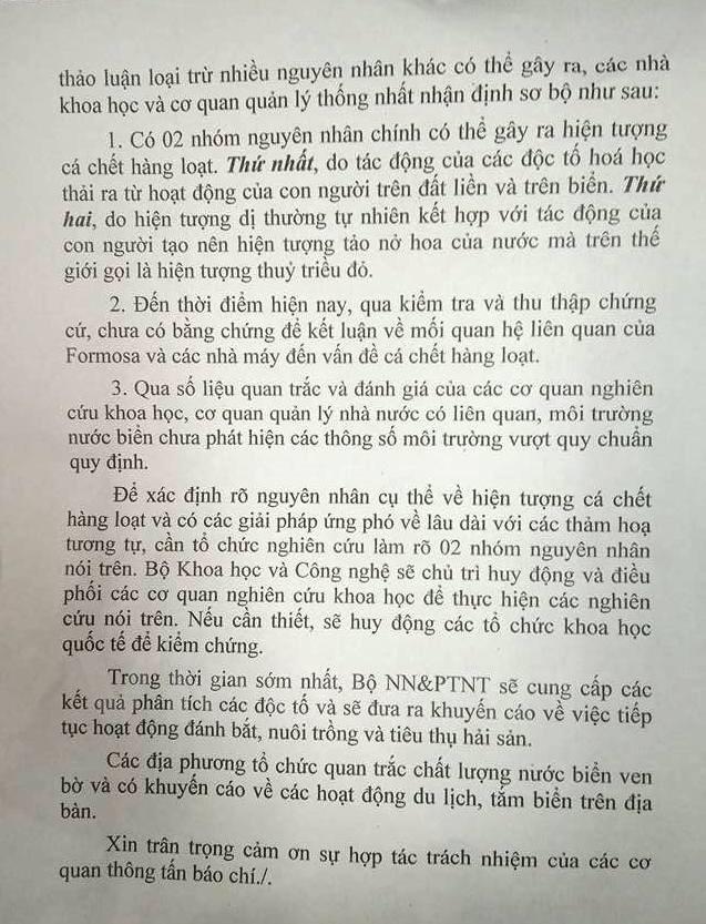 Thông báo về vụ cá chết của Bộ Tài nguyên và Môi trường ngày 27/4/2016. (Ảnh: Hùng Võ/Vietnam+)