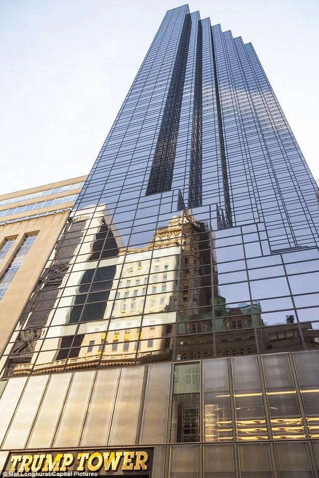 Ông Trump hiện đang sống trong một căn penthouse 3 tầng trên đỉnh tòa tháp Trump Tower ở New York. Ảnh: Mel Longhurst/Capital Pictures