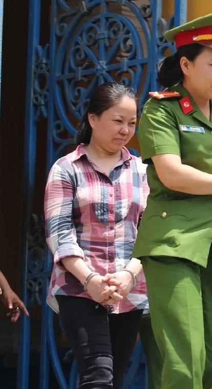 Bị cáo Tuyền kêu oan không đưa hối lộ cho hải quan