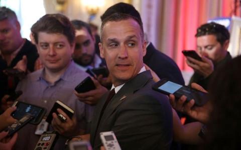 Người quản lý chiến dịch tranh cử của mình Corey Lewandowski. Ảnh AFP