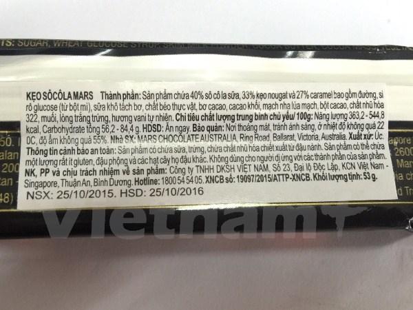 Một sản phẩm kẹo chocolate Mars được bày bán tại của hàng bánh kẹo tại Việt Nam. (Ảnh: PV/Vietnam+)