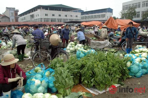 Sắp tới khi chợ rau an toàn Vân Trì mới đi vào ổn định sẽ quản lý tốt hơn về nguồn gốc xuất xứ, ông Tính nói.