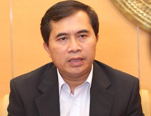 Thứ trưởng Lê Quang Hùng