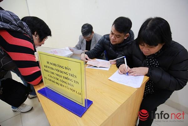 Theo đó, thẻ căn cước công dân được sử dụng thay cho hộ chiếu trong trường hợp Việt Nam và nước ngoài ký kết điều ước hoặc thỏa thuận quốc tế cho phép công dân nước ký kết được sử dụng thẻ căn cước công dân thay cho việc sử dụng hộ chiếu trên lãnh thổ của nhau.