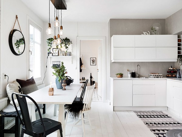 Không gian căn bếp giản dị, thân thiện với người sử dụng.