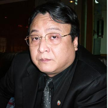 'Ông Đỗ Anh Dũng - Chủ tịch Tập đoàn Tân Hoàng Minh đã từ chối mua cặp chóe hơn 6 tỷ đồng sau khi trúng đấu giá'