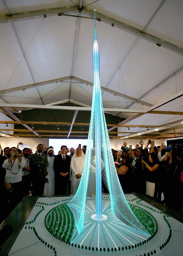 Công trình được thiết kế bởi kiến trúc sư Tây ban Nha Santiago Calatrava Valls.