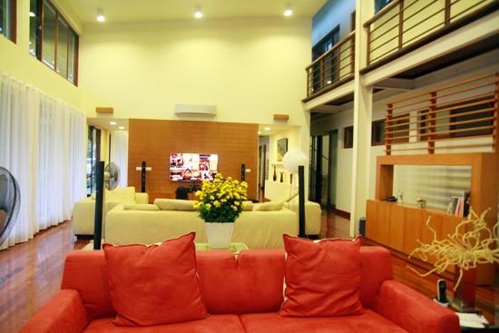 Nội thất căn nhà được bố trí đơn giản nhưng vô cùng ấm cúng.