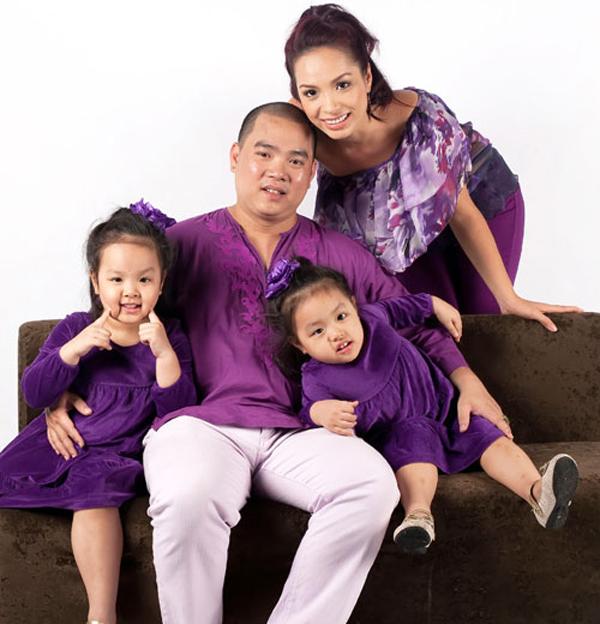 Gia đình hạnh phúc của Thúy Hạnh - Minh Khang.