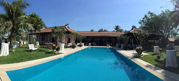 Toàn cảnh ngôi biệt thự của Trang Lạ nhìn từ xa.