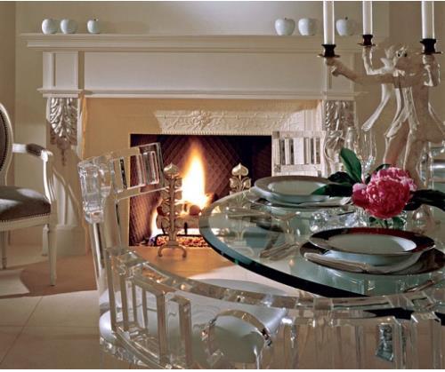 Với thiết kế đa dạng những món đồ nội thất trong suốt còn khiến ngôi nhà bạn trở nên tinh khiết và sang trọng hơn rất nhiều.