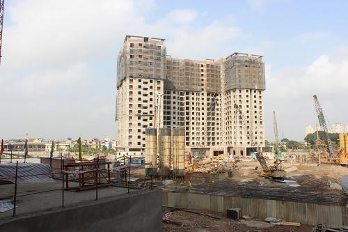 Chủ đầu tư giao bán nhà tại đây với giá từ 11,8 triệu đồng/m2. Theo dự kiến, các căn hộ tại đây sẽ được bàn giao vào giữa năm nay.