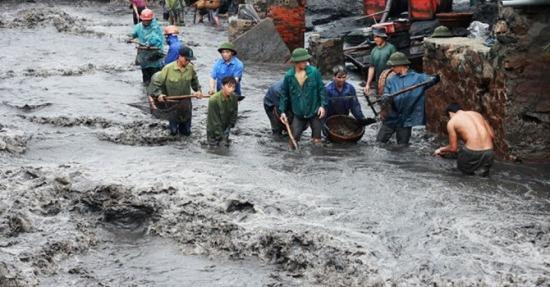 Trận mưa lũ lịch sử tại Quảng Ninh đã khiến cho ngành than thiệt hại 1.200 tỷ đồng.