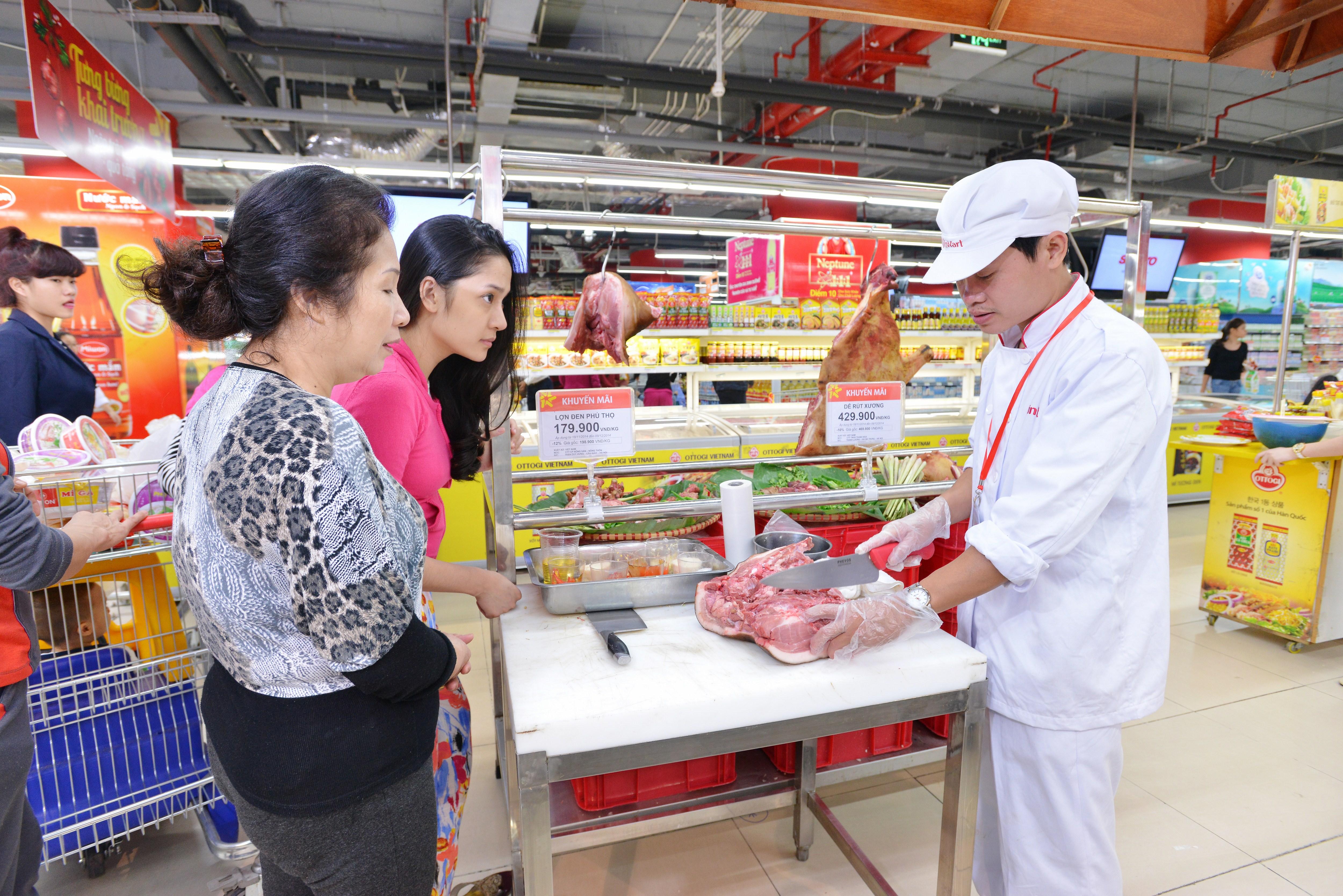 Vingroup bao cấp 1 năm cho thực phẩm tươi sống sạch vào siêu thị.