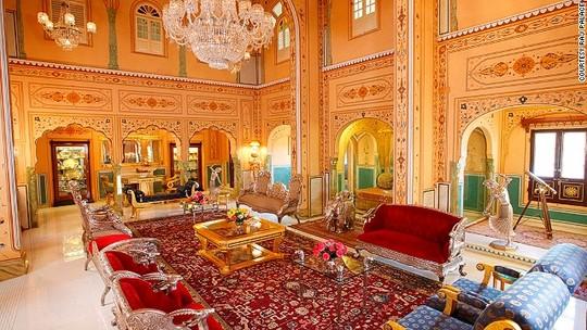 Phòng nguyên thủ tại khách sạn President wilson (Thụy Sỹ) nhìn ra hồ Geneva có giá thuê đắt nhất thế giới