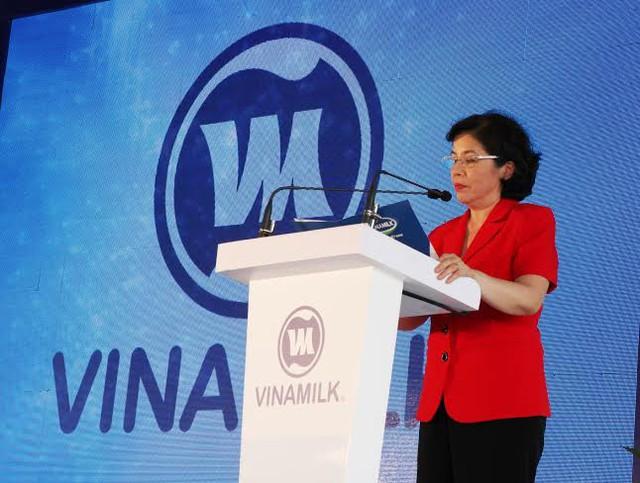 Bà Mai Kiều Liên – Tổng Giám Đốc Vinamilk phát biểu tại buổi lễ