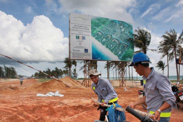 Giá đất ở Phú Quốc ăn theo các dự án nghìn tỉ đang được rầm rộ triển khai tại đây - Ảnh: Đình Dân