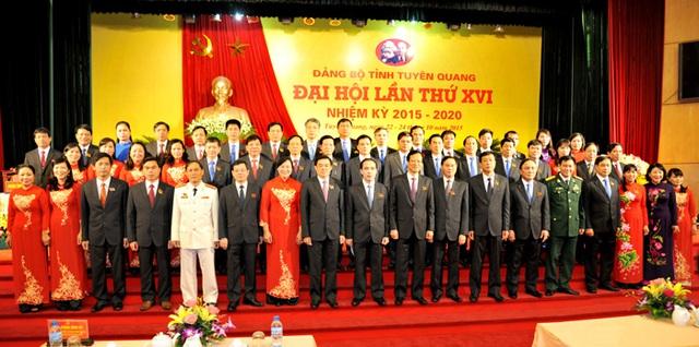 BCH Đảng bộ tỉnh khóa XVI, nhiệm kỳ 2015-2020 ra mắt tại Đại hội. Ảnh: Duy Hùng
