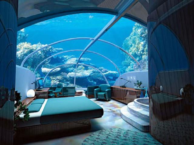 Phòng ngủ đẹp như trong truyện cổ tích với khung cảnh đẹp đến ngỡ ngàng của lòng biển với cá và san hô rực rỡ sắc màu