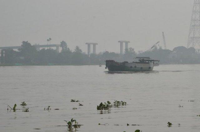 Mù khô xuất hiện trên sông Tiền - Ảnh: Ngọc Tài