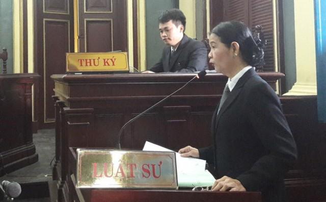 Luật sư Trương Thị Hòa - bảo vệ quyền lợi cho Agribank Việt Nam - Ảnh: Hoàng Điệp