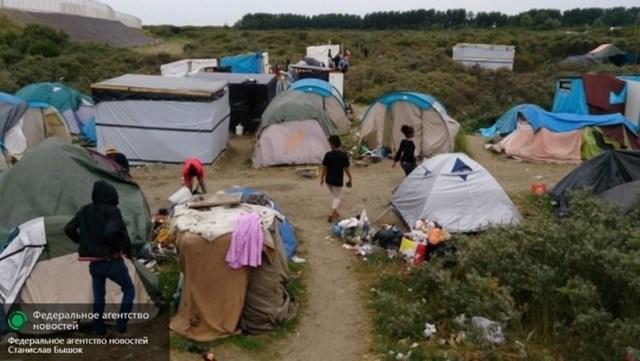 Người di cư dựng lều trại tại khu vực biên giới các nước châu Âu