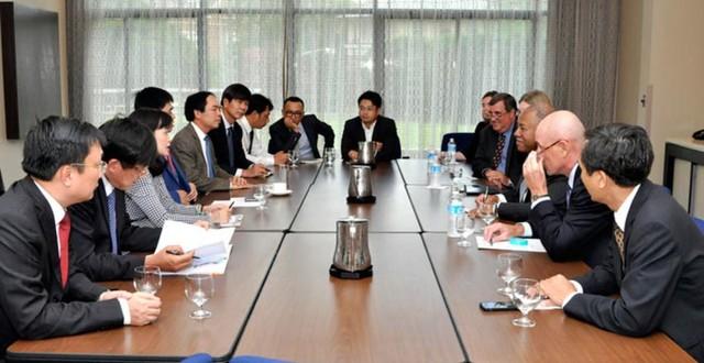 Cuộc gặp gỡ giữa Chủ tịch HĐTV Tập đoàn Nguyễn Xuân Sơn