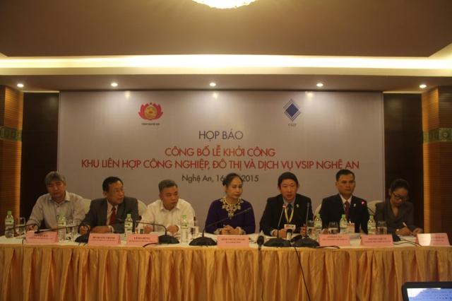 Buổi họp báo trước Lễ khởi công