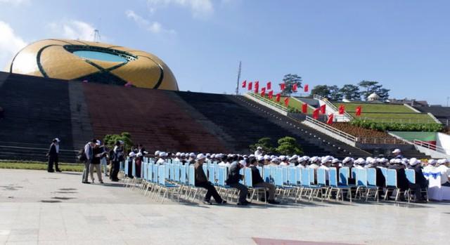 Một góc quảng trường Lâm Viên tại buổi lễ gắn biển chính thức sáng 10-10 - ảnh: C.Thành