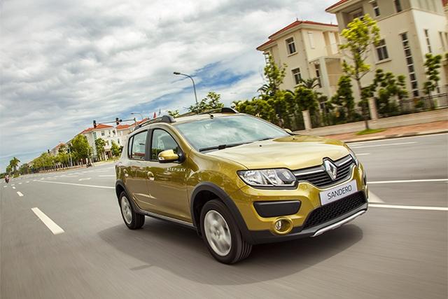 Renault cùng nhiều hãng xe chạy đua doanh số bằng đủ chiêu từ dụ khách hàng đến thử xe tới khuyến mại, giảm giá.