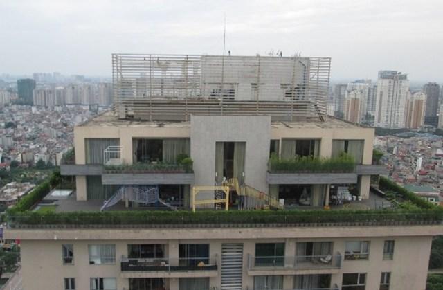 Chủ đầu tư đã cơi nới một số căn hộ penthouse ở tầng kỹ thuật và tầng mái đã bán từ năm 2010.