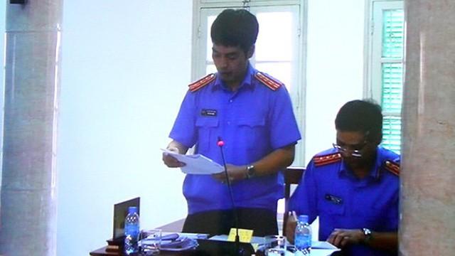 Đại diện VKS cho rằng hành vi của các bị cáo là vô cảm, bàng quang với gánh nặng của Nhà nước trong việc sử dụng vốn ODA - Ảnh: T. Lụa chụp màn hình