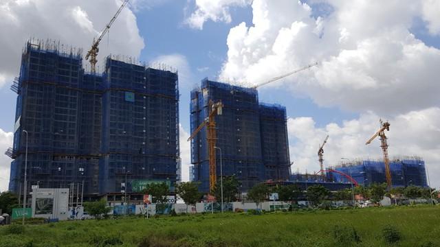 Các dự án căn hộ cao cấp nằm trước UBND quận 2.